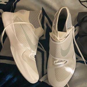 Nike HyperRev size 12
